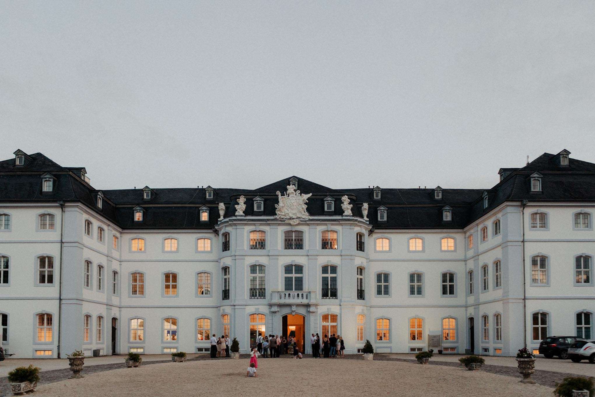 Schloss Engers in der Dämmerung