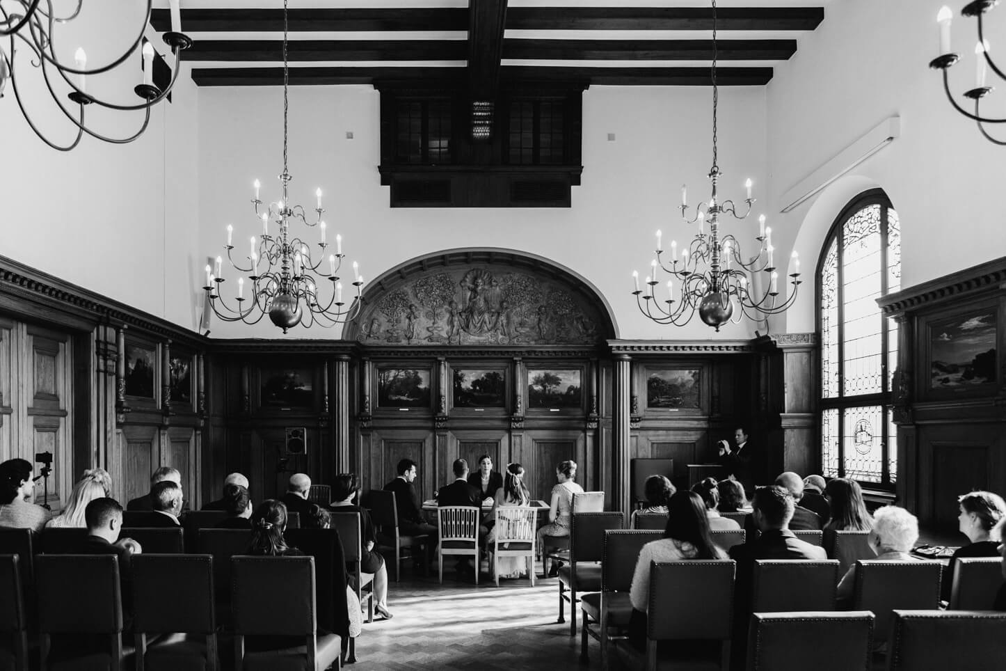 Hochzeit im Standesamt in Bergisch Gladbach