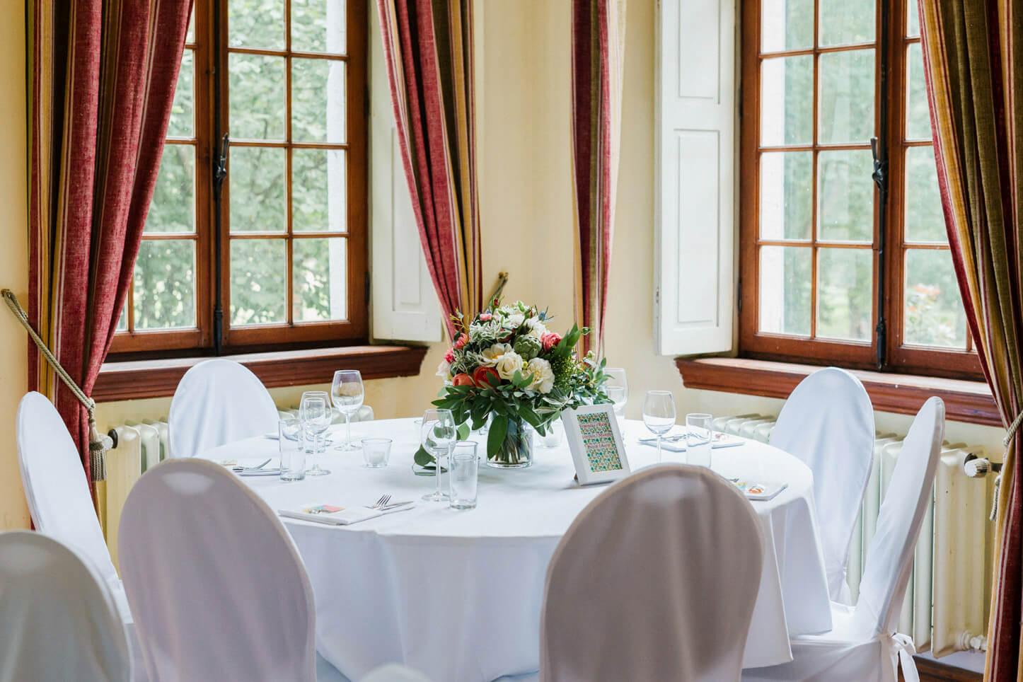 Tischdekoration im Schloss Arff