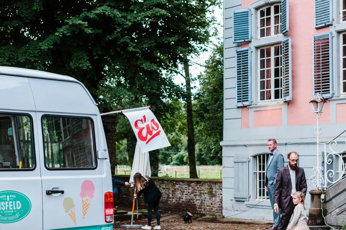 Eiswagen auf der Hochzeit