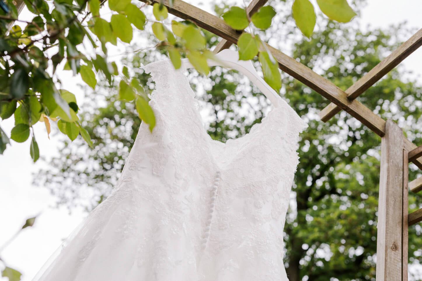 romantische Hochzeit, Hochzeitskleid