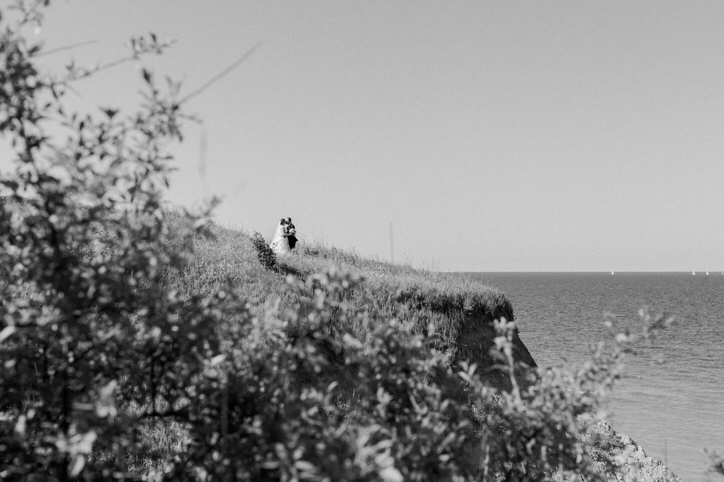 Afterwedding Shooting am Strand von Schwedeneck