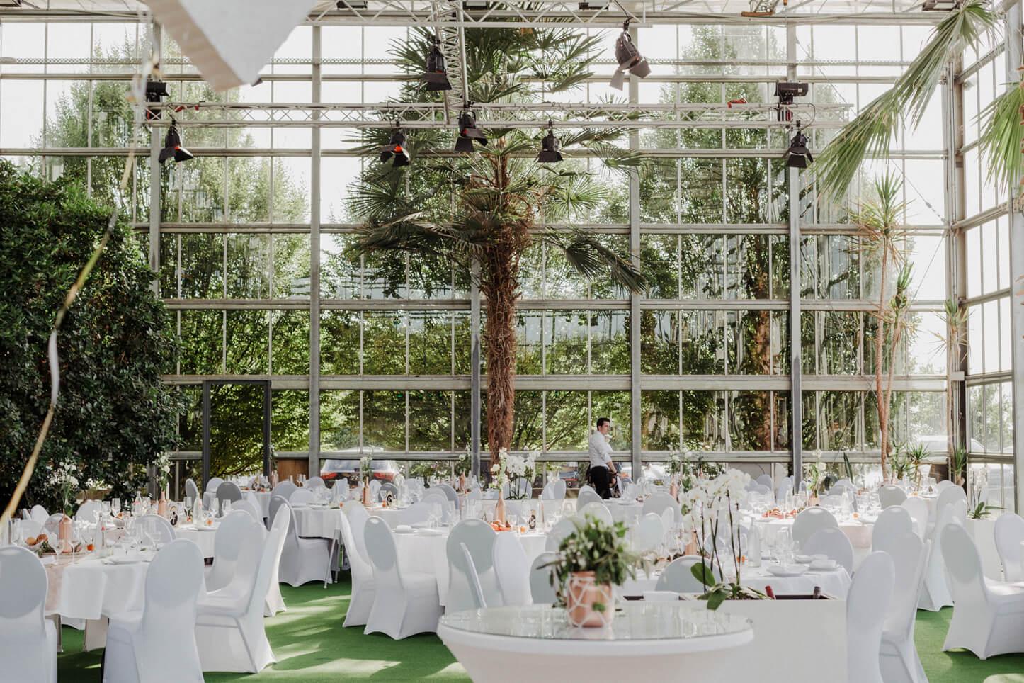 Hochzeit im Glashaus