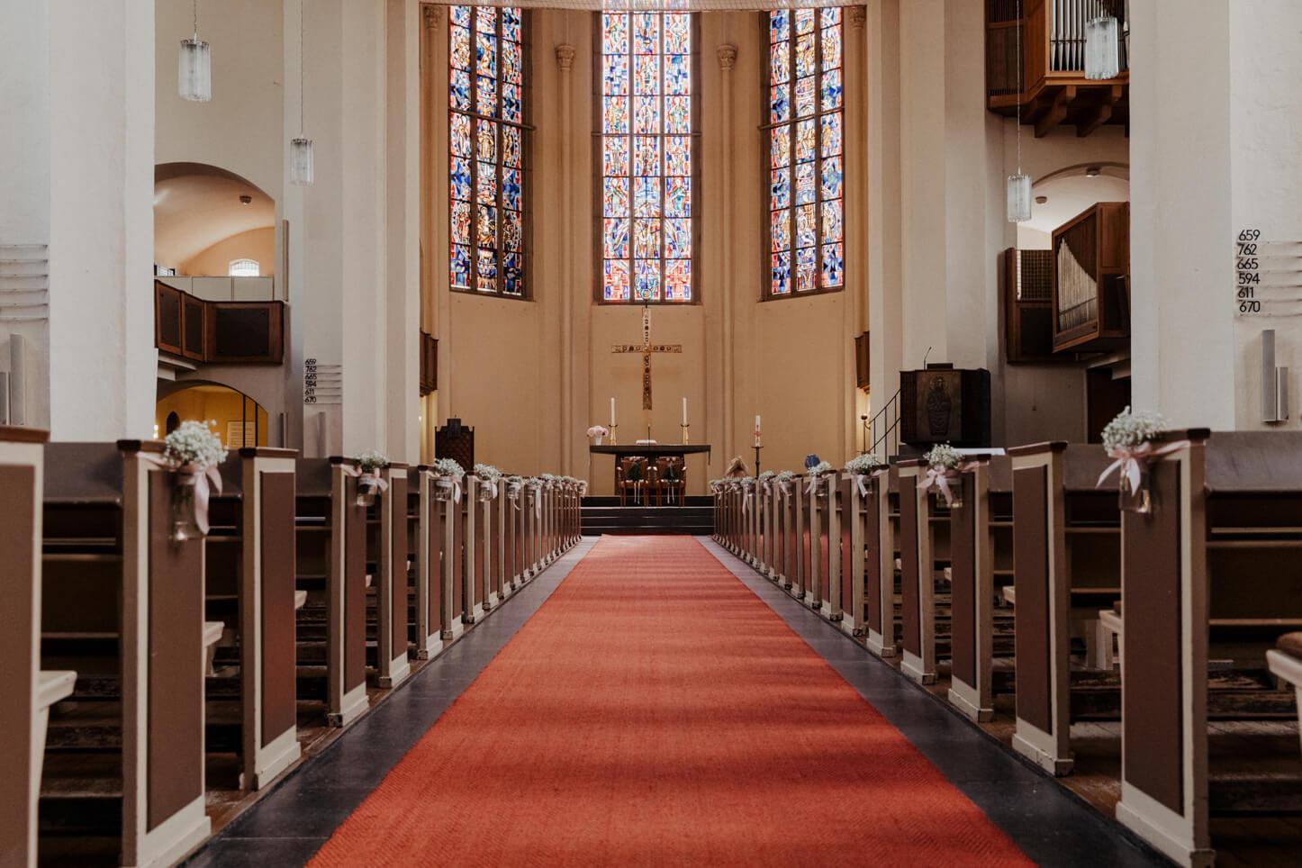 Kreuzkirche in Bonn von innen