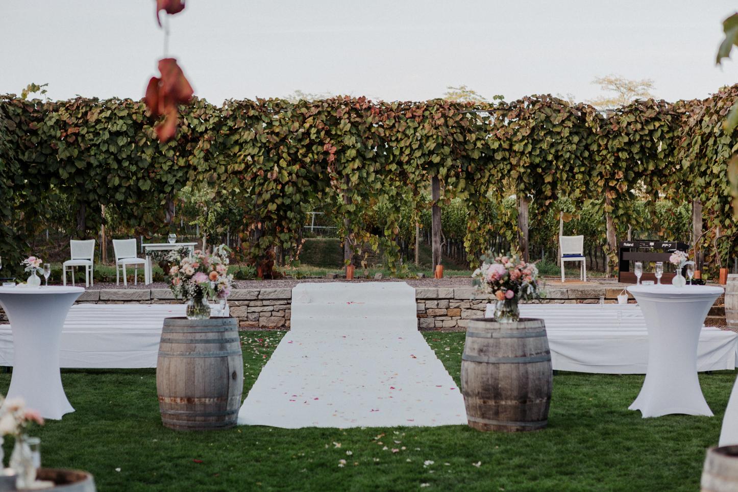 freie Trauung auf einem Weingut