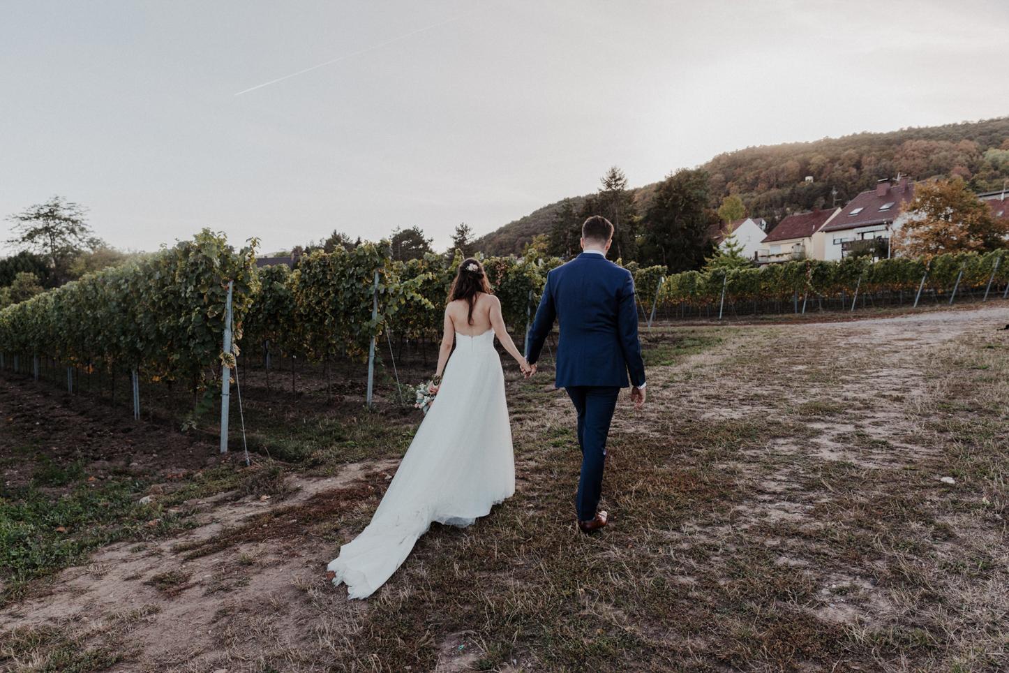 Brautpaarshooting auf dem Weingut