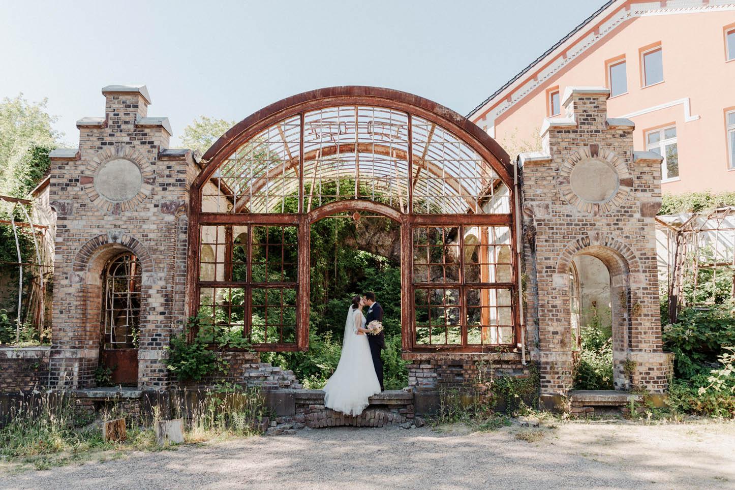 Brautpaar in der Villa Au