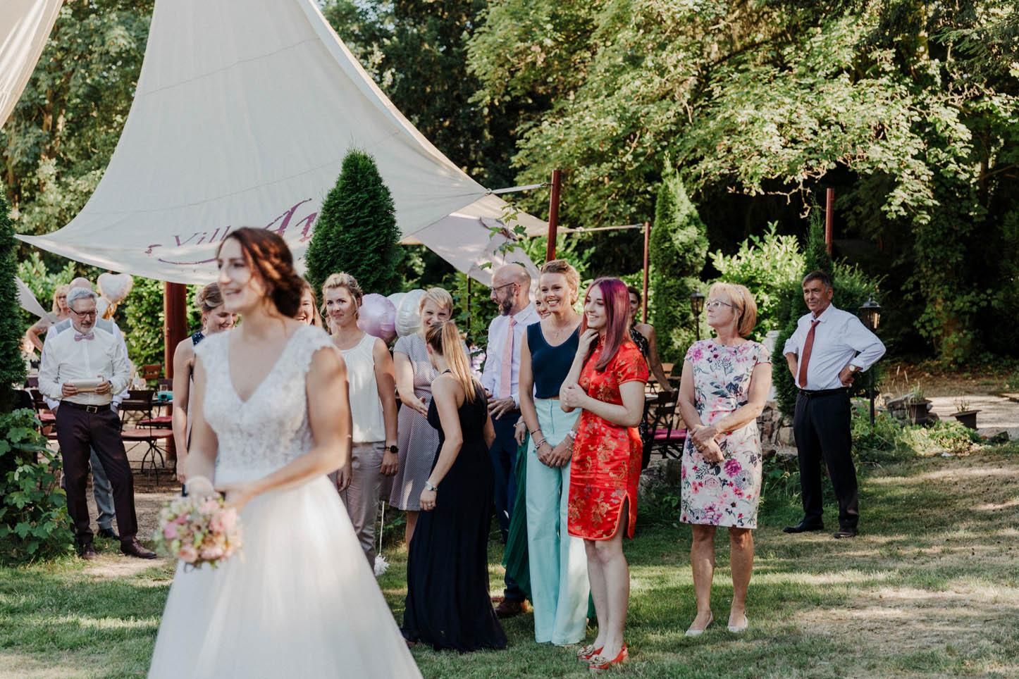 Brautstrauß Wurf
