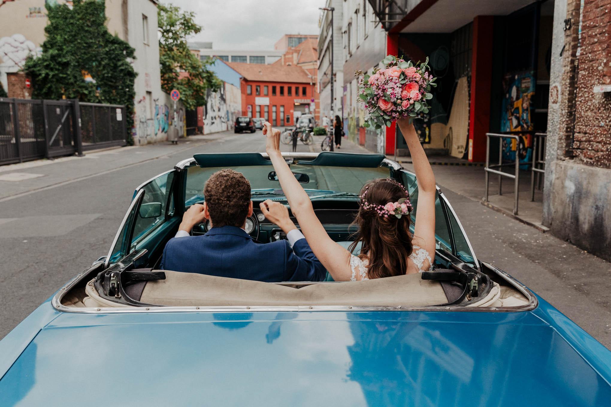 Hochzeitsfoto im Mustang