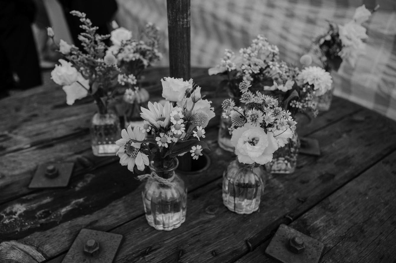 Blumendekoration auf dem Nüssenberger Hof