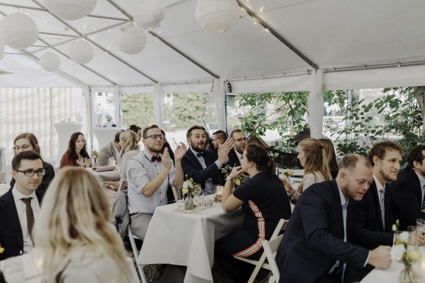 Hochzeitsgesellschaft am Nüssenberger Hof