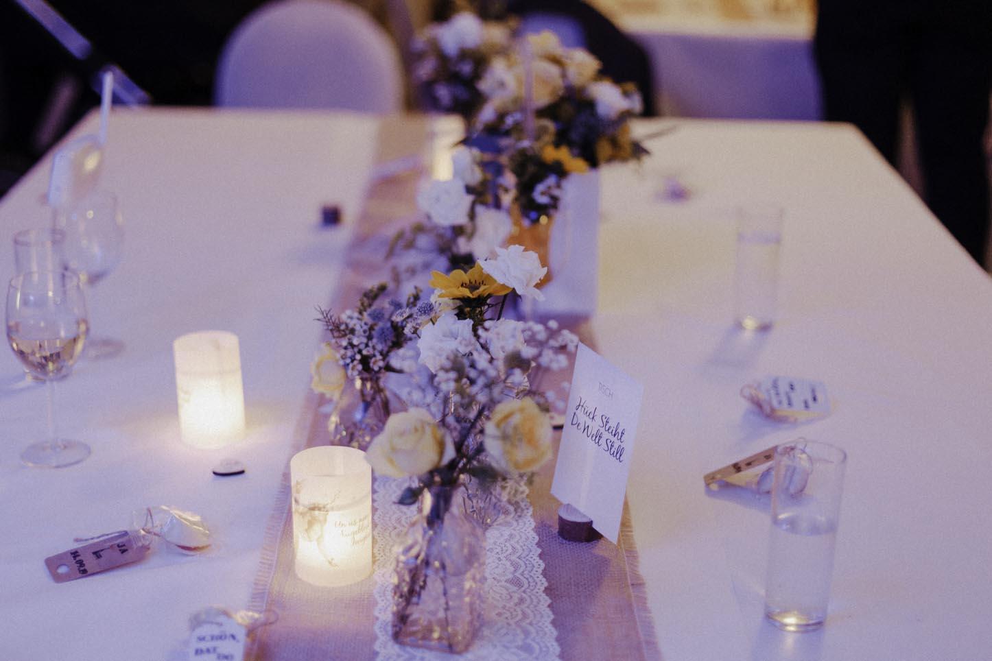 Tischdekoration Hochzeit bei Nacht
