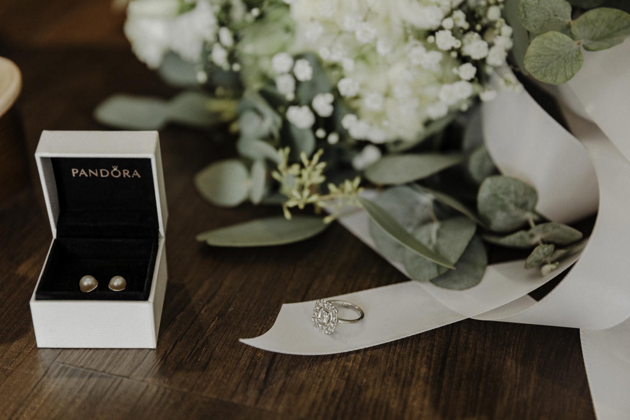 Verlobungsring im Detailfoto