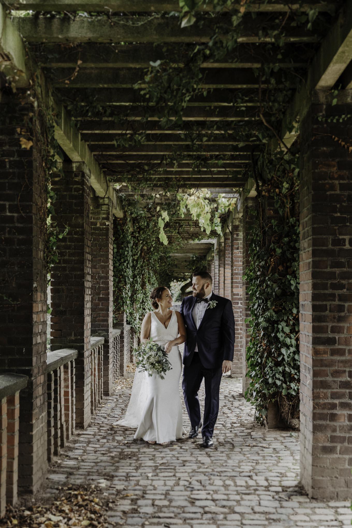 Hochzeitsfoto im Friedenspark Köln