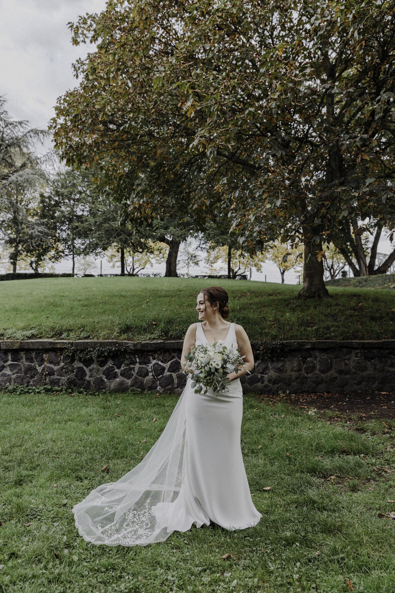 Brautfoto im Friedenspark Köln