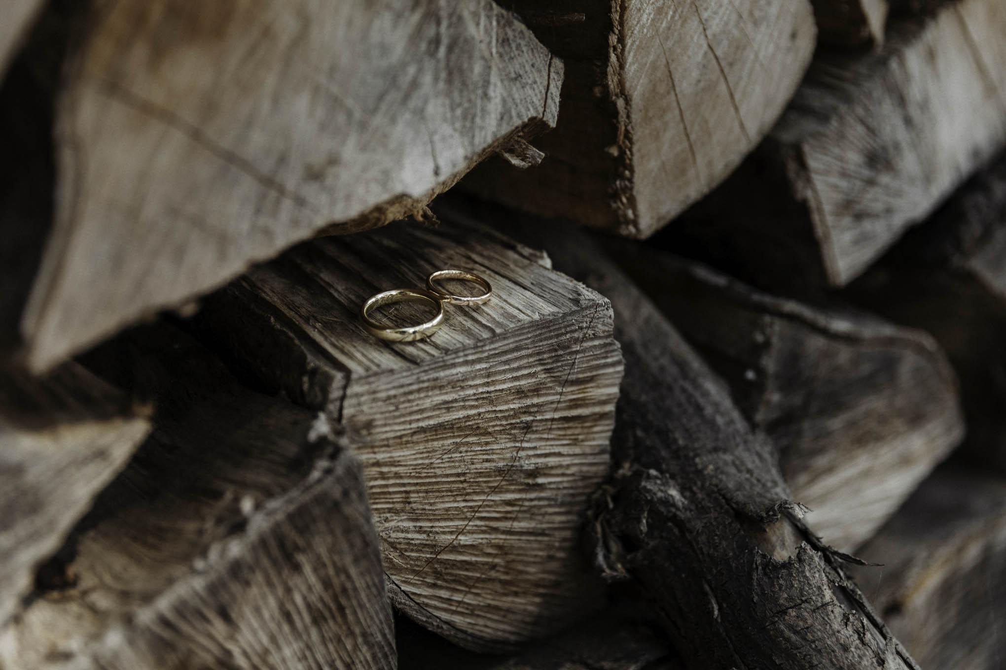 Foto von Eheringen auf Holz