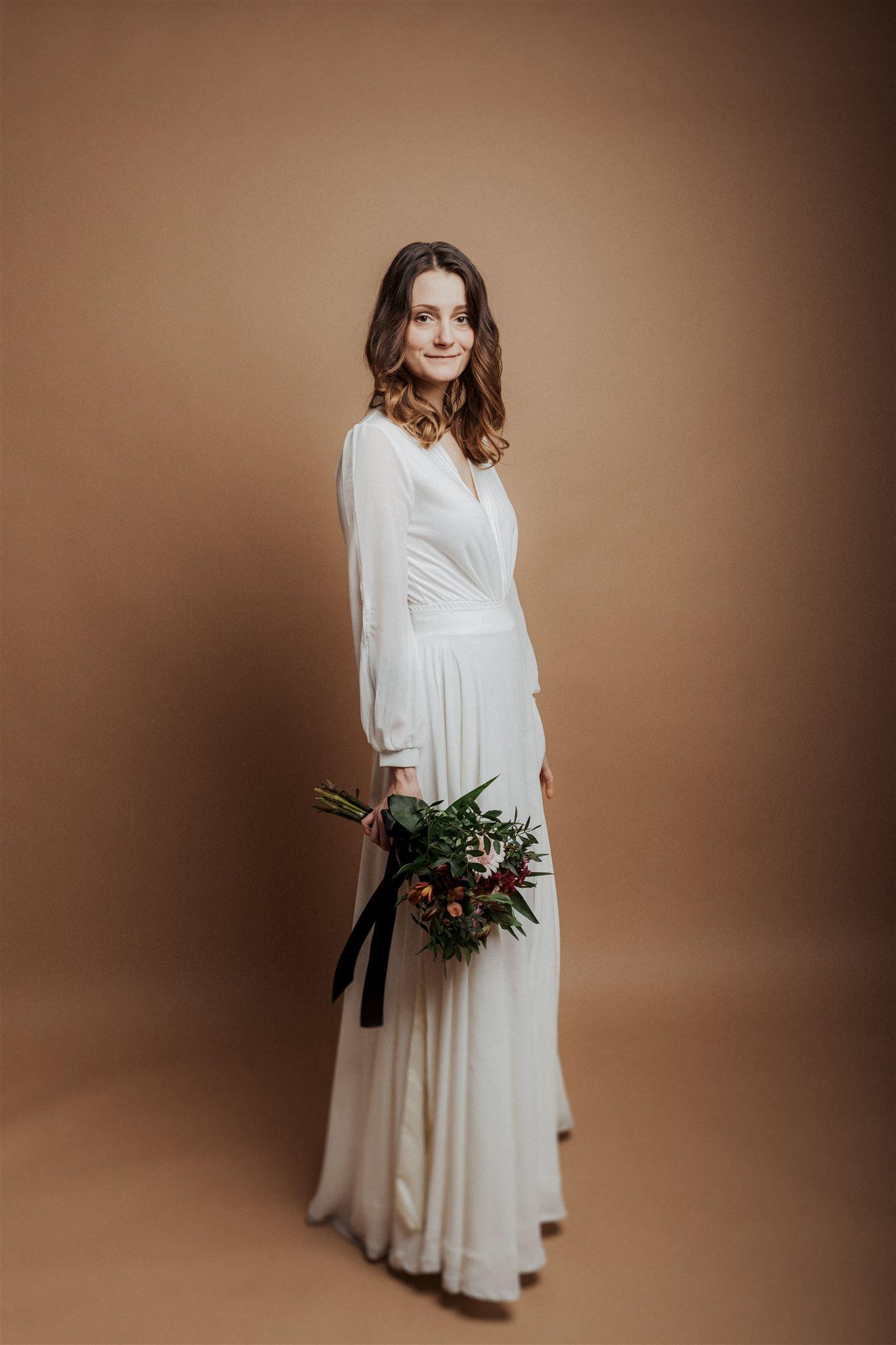 Hochzeitsfotos mit Braut im Studio in Köln