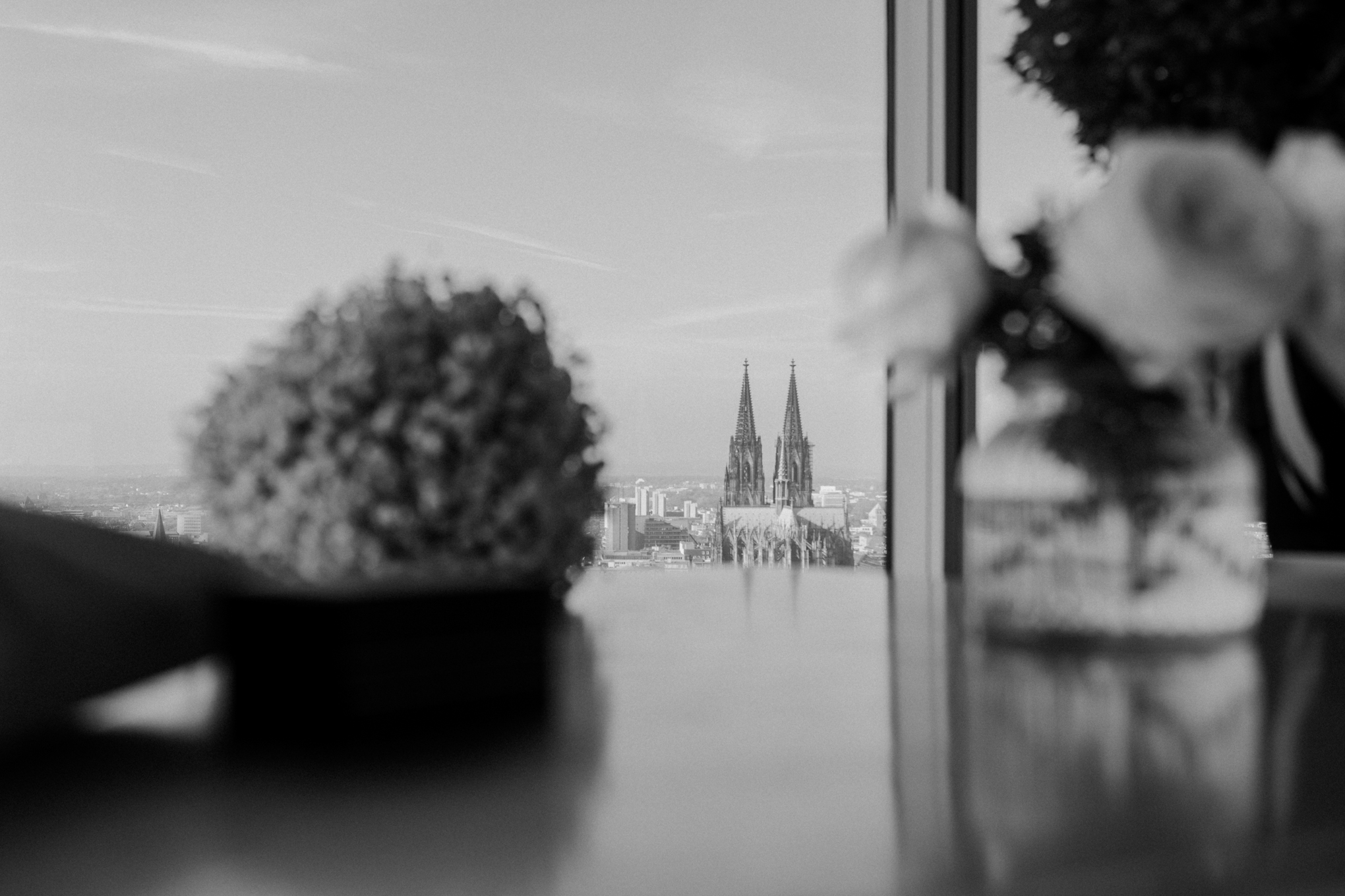Heiraten mit Blick auf den Kölner Dom im Köln Sky