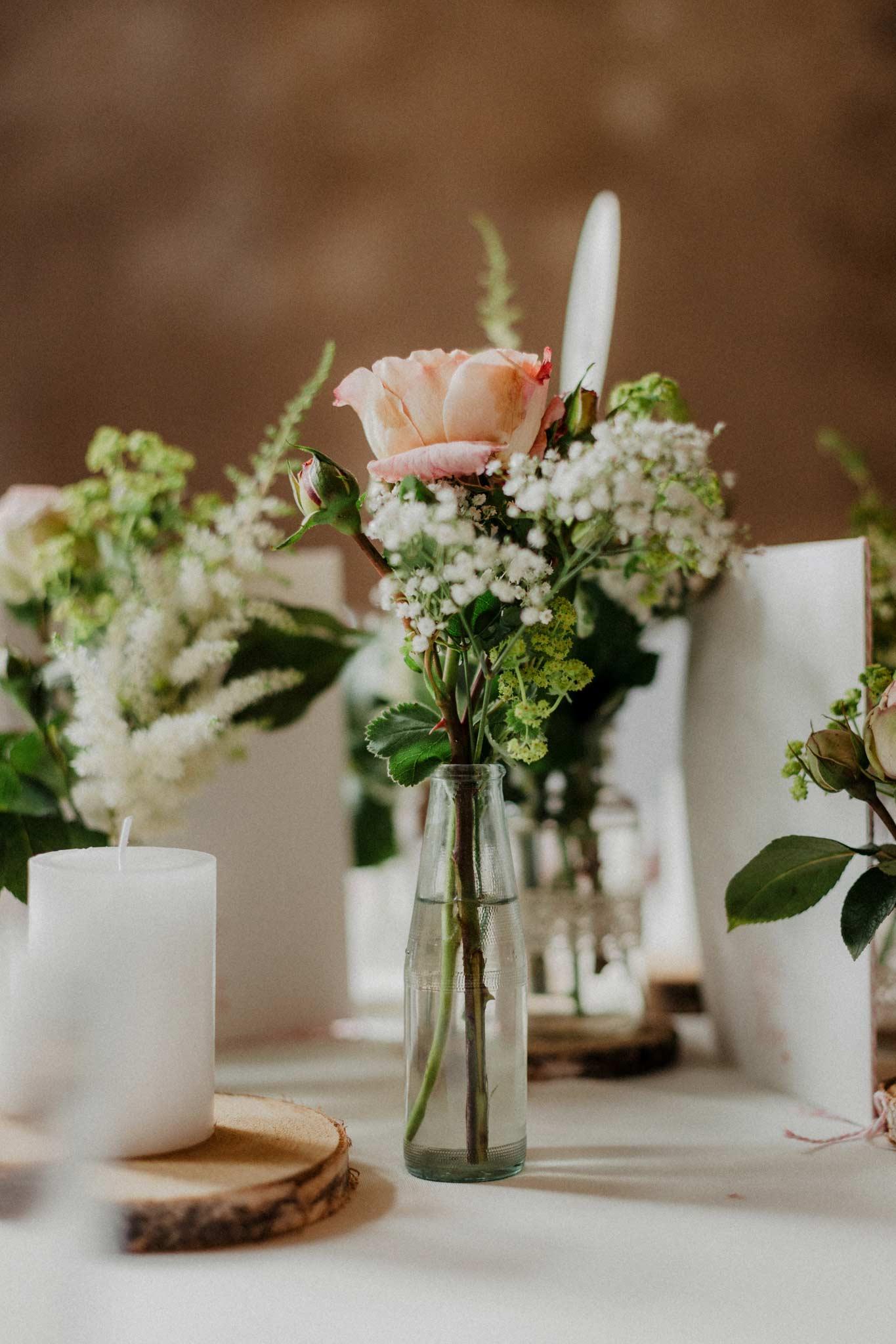 Tischdekoration zur Hochzeit im Rittergut Orr